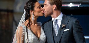 Post de La salida de los novios recién casados y el