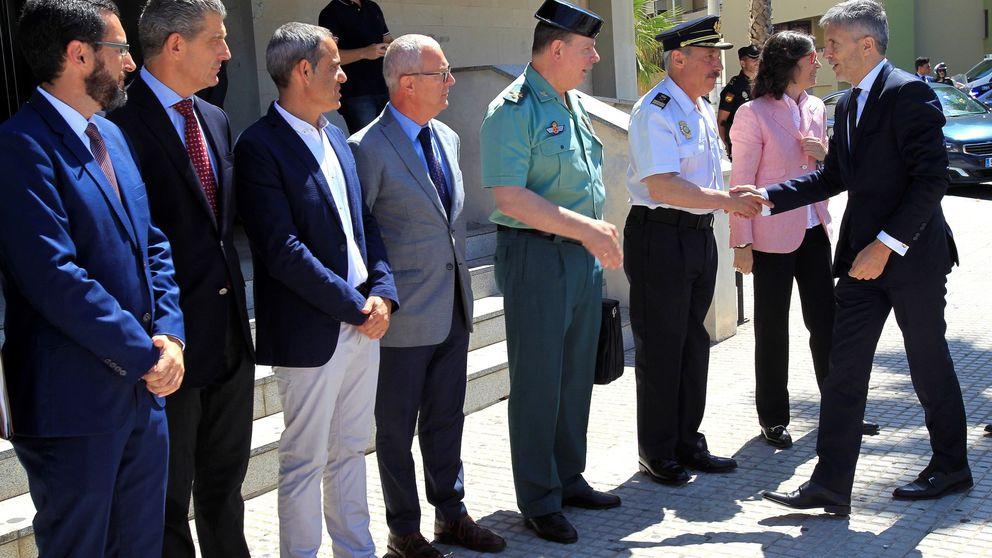 Marlaska se pone en contra a la Guardia Civil por nombrar policías en puestos clave