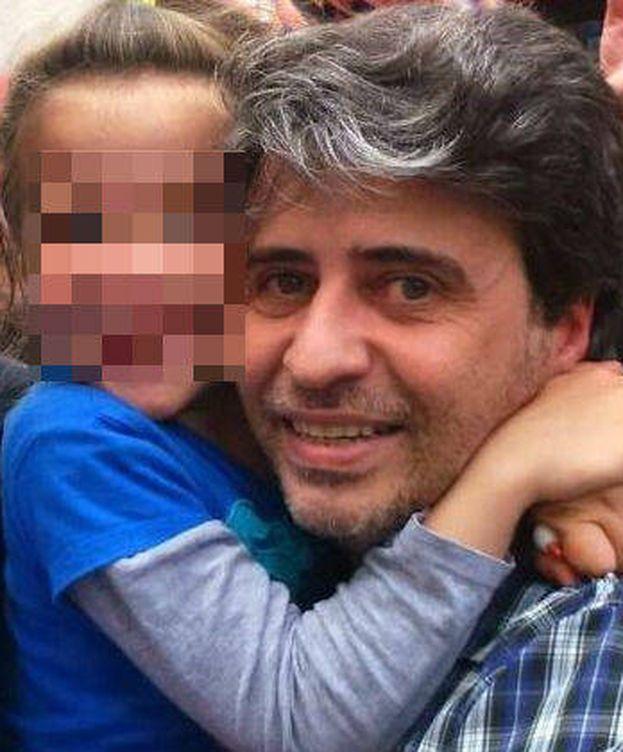 Foto: Carlos Salgado con su hija. (EC)