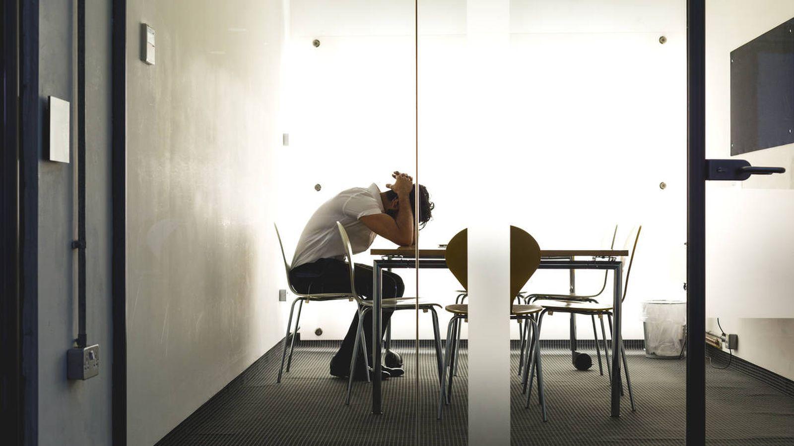 Foto: 1.200… 1.000… 800… Los empleos precarios y a tiempo parcial hacen que los ingresos desciendan aún más. (iStock)