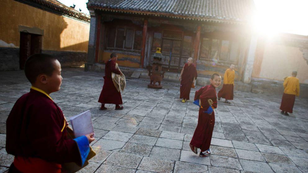 Los monjes 'millennials' de Mongolia