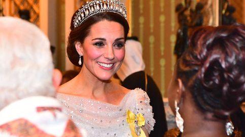 Blanca, radiante y con la tiara de Lady Di va Kate Middleton