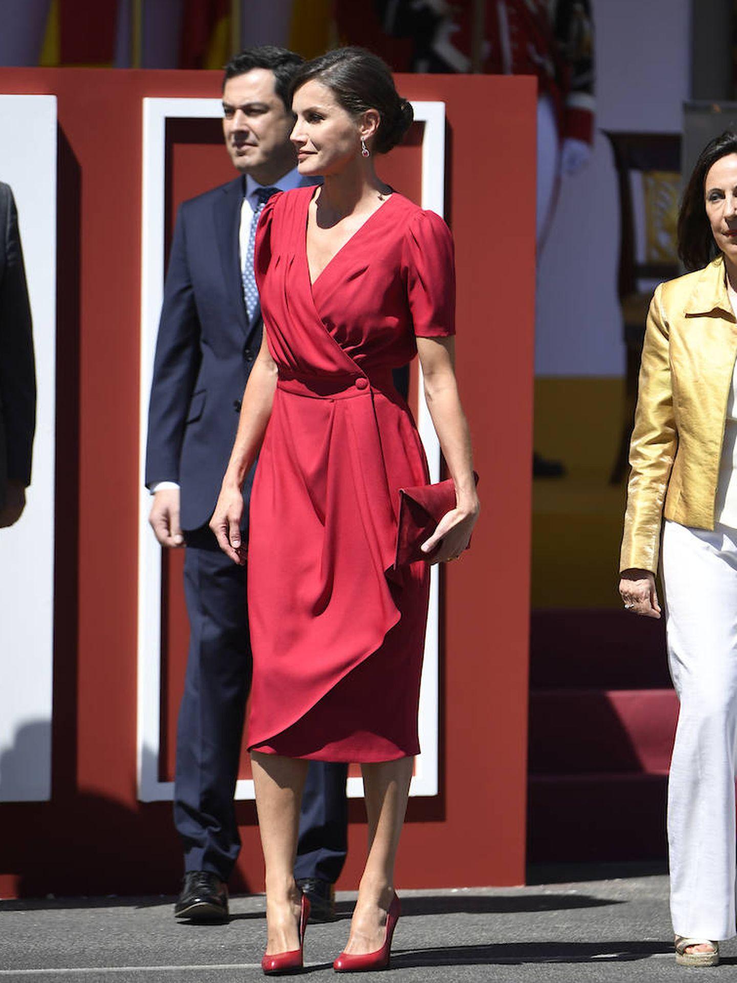 La reina Letizia con su último wrap dress.  (Limited Pictures)