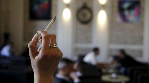 Las mujeres reducen la brecha... del tabaco. Sus cánceres de pulmón aumentan sin freno