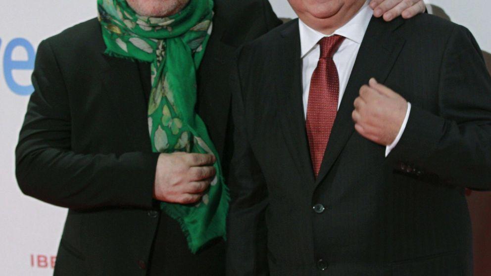 Agustín Almodóvar exime a su hermano de responsabilidad de la sociedad 'offshore'