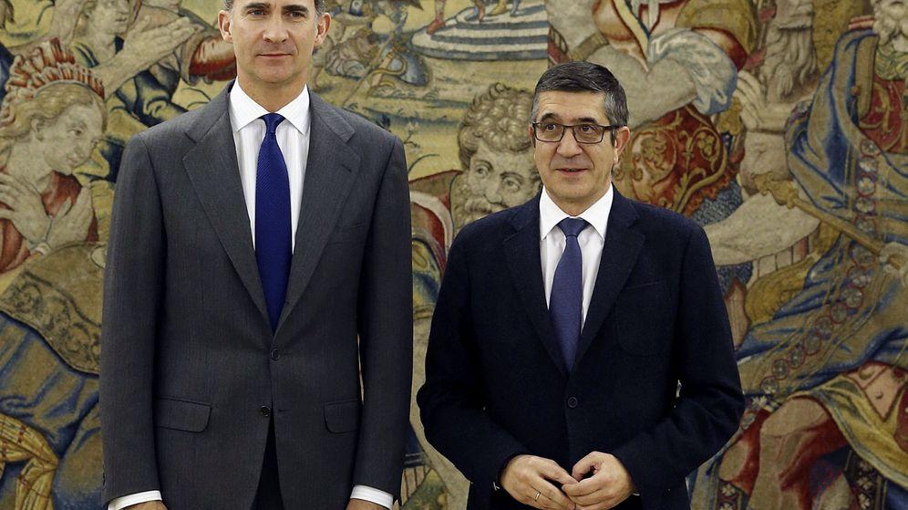 Foto: El Rey junto al presidente del Congreso de los Diputados, Patxi López, en la Zarzuela (Efe)