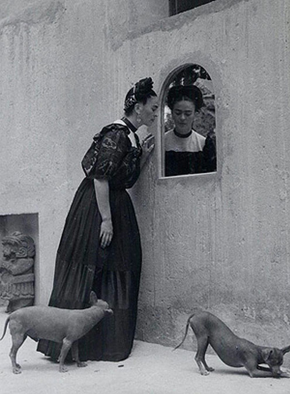 Arte la obra de frida kahlo recorrer europa en 2010 for Cuartos decorados de frida kahlo