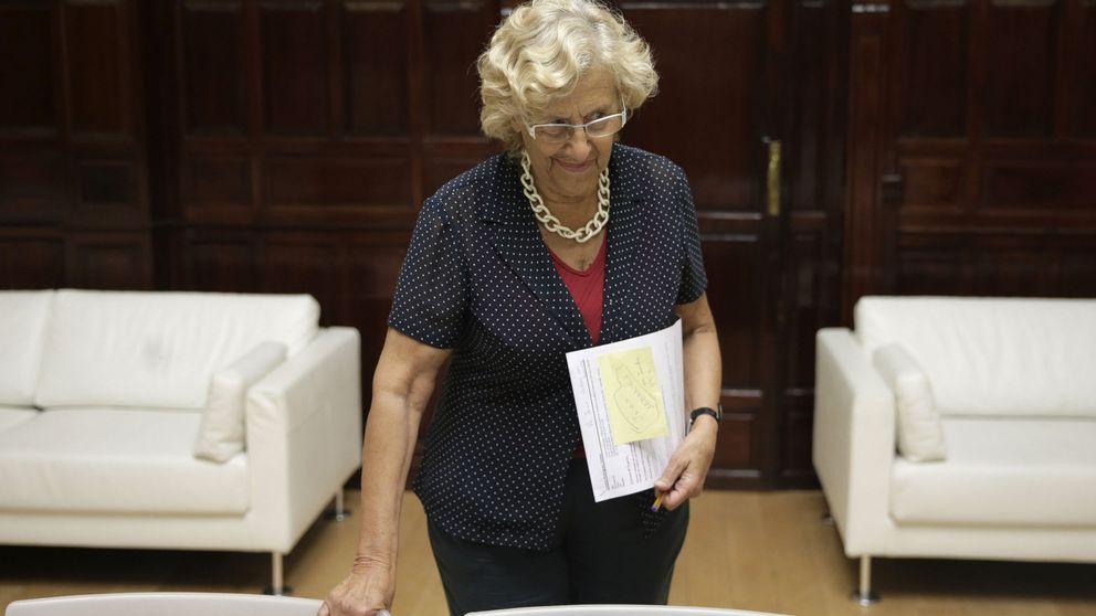 Carmena se querella contra los exdirectivos de la EMVS por un agujero de 162 millones