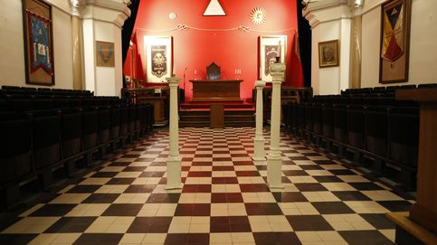 De reyes a políticos: la identidad de dos millones de masones, al fin desvelada