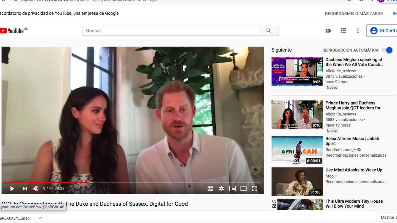 Los duques de Sussex, participando en una reunión virtual con la Queen´s Commonwealth Trust. (Youtube QCT)