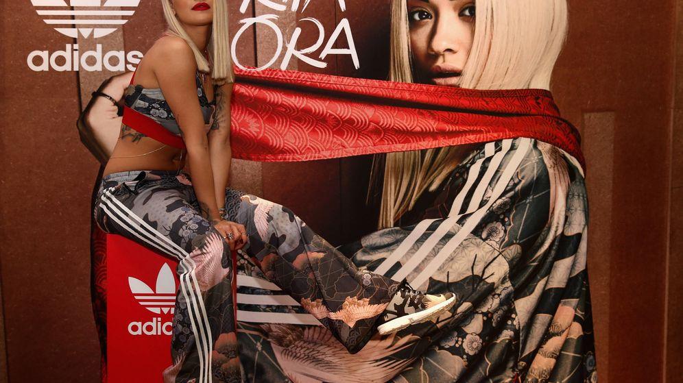 Foto: La cantante Rita Ora posa durante la presentación de sus adidas Originals en Dubai (Warren Little/Getty Images)