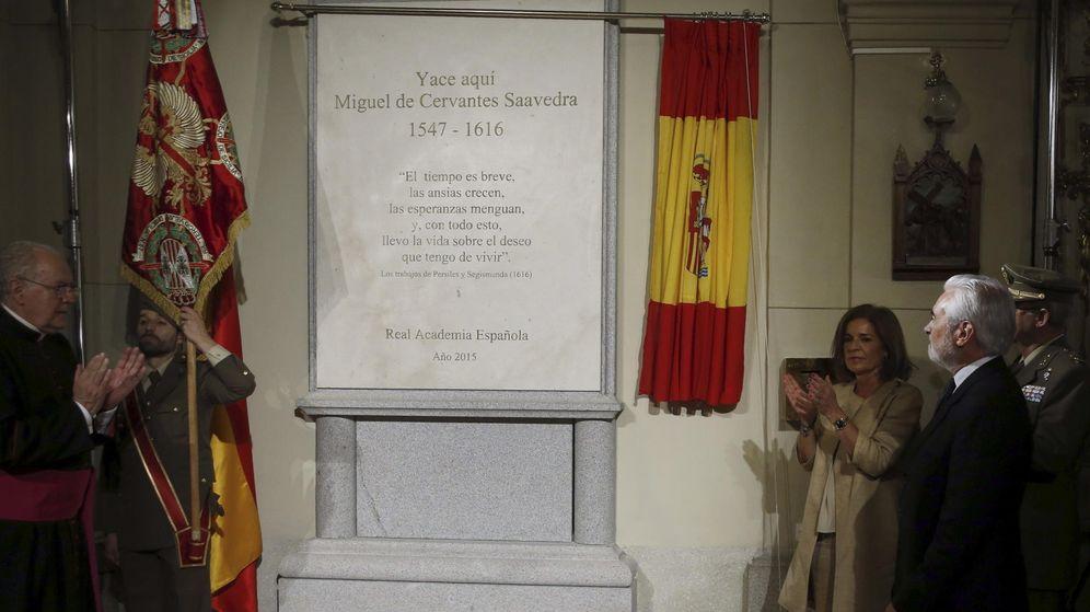 Foto: Inauguración del nuevo monunmento furnerario en honor a Cervantes (EFE)