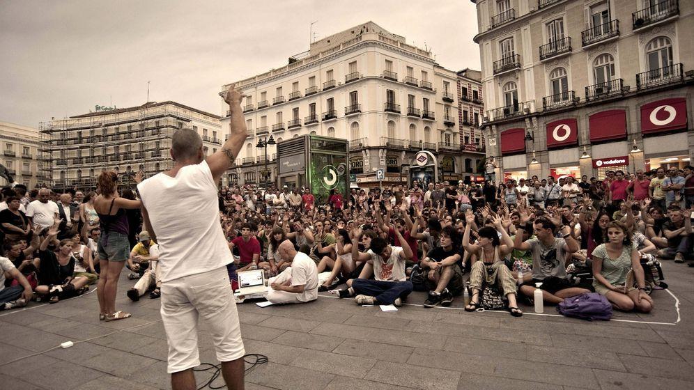 Foto: Asamblea del 15-M en Sol (EFE)