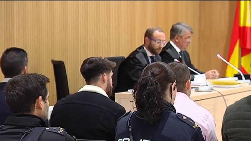 Foto: Los cuatro miembros de 'La Manada' declaran ante el juez. (Atlas)