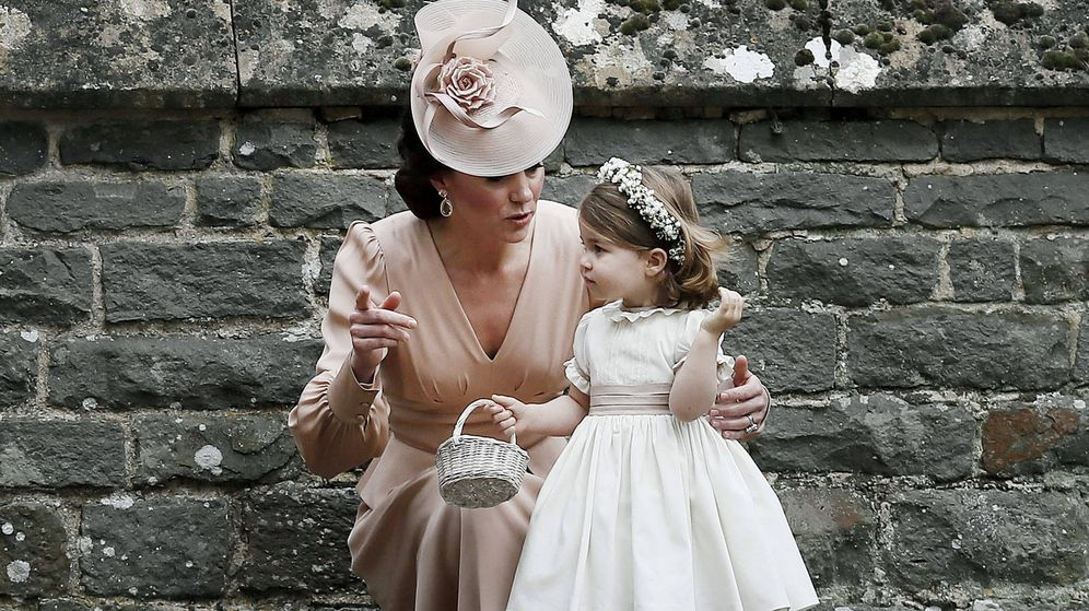 Foto: Kate y Charlotte, en la boda de Pippa Middleton. (Getty)