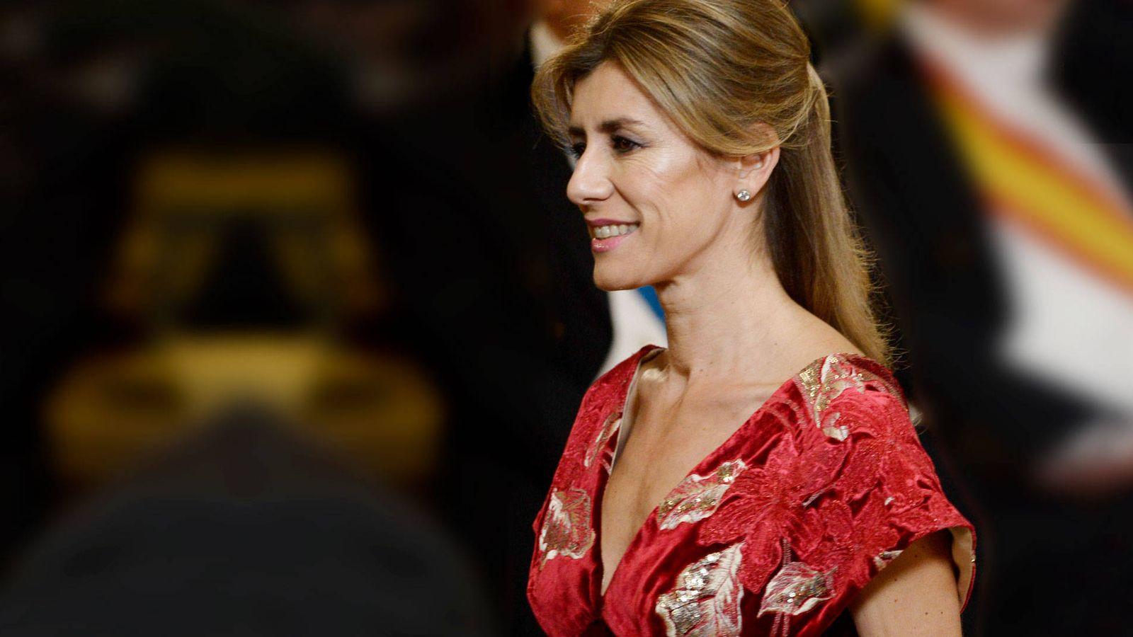 Foto: Begoña Gómez en la cena de gala en el Palacio Real. (Limited Pictures)