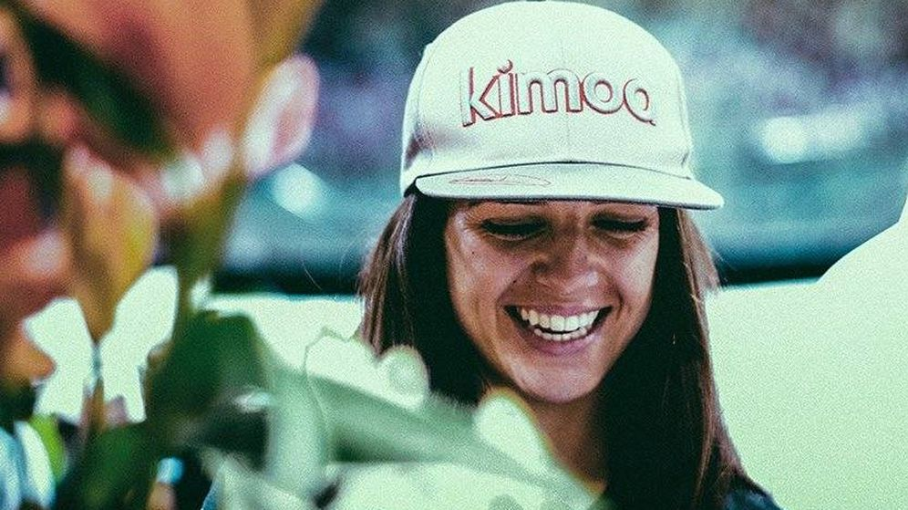 Foto: Cristina Gutiérrez con la gorra de su patrocinador, Kimoa. (@Cris_Tortu)