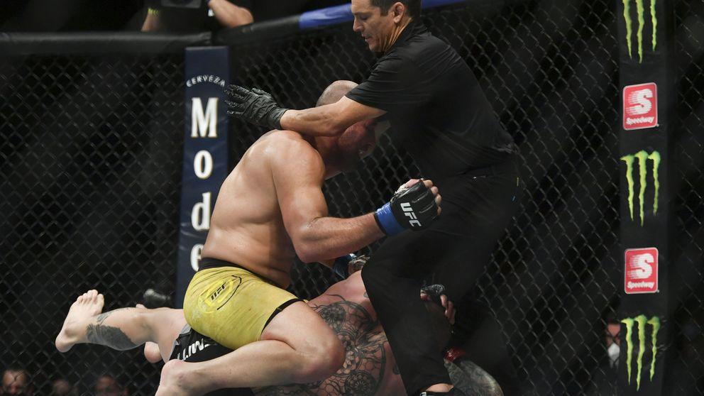 UFC Las Vegas 13: la estrangulación hasta el KO de Glover Teixeira a Thiago Santos
