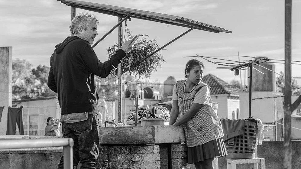 Foto: Alfonso Cuarón dirige a Yalitza Aparicio en 'Roma'. (Carlos Somonte)