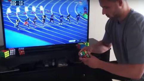 Es capaz de resolver un cubo de Rubik en menos tiempo del que Bolt corre los 100 metros