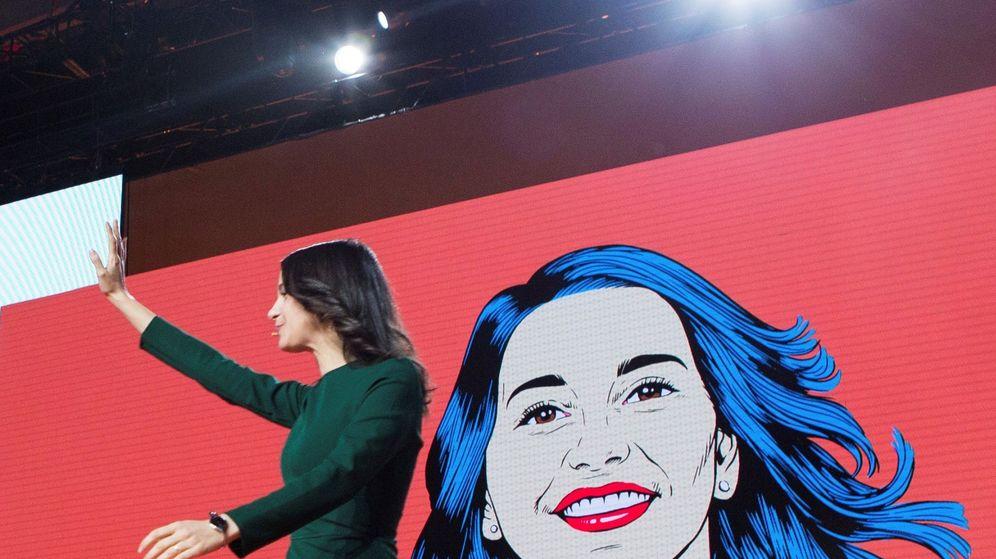 Foto: Inés Arrimadas, durante un acto en la campaña electoral del 21-D. (EFE)