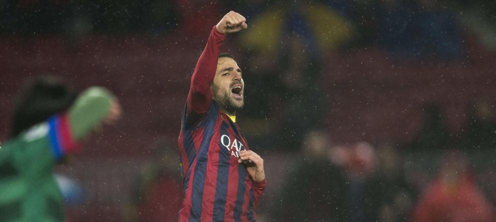 Foto: Cesc Fàbregas no recibiría el dinero que estableció en su contrato cuando firmó por el Barcelona (EFE).