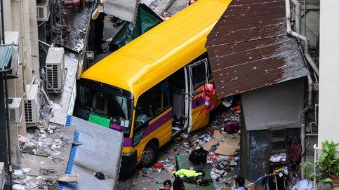 Cuatro muertos en un autobús escolar