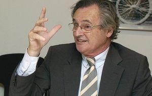 El marido de Cospedal factura 12.000 euros al mes a Blas Herrero