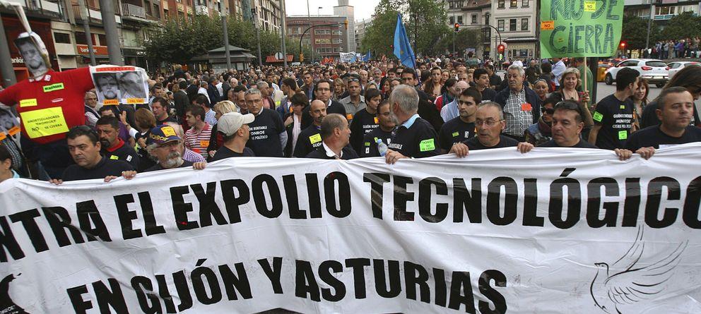 """Asturias, a punto de """"echar el cierre"""" por los ERE y las huidas de multinacionales"""