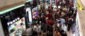 Los centros comerciales salvan 2012 pese a la caída del consumo tras facturar un 2,2% menos