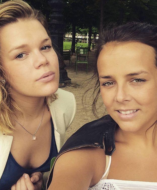 Foto: Camille Gottlieb y Pauline Ducruet. (Instagram)