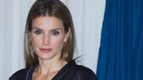 Los 5 vestidos más bonitos de la reina Letizia en el Premio Cerecedo (y el más comentado)