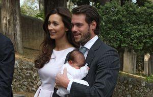 Félix y Claire de Luxemburgo bautizan a su hija