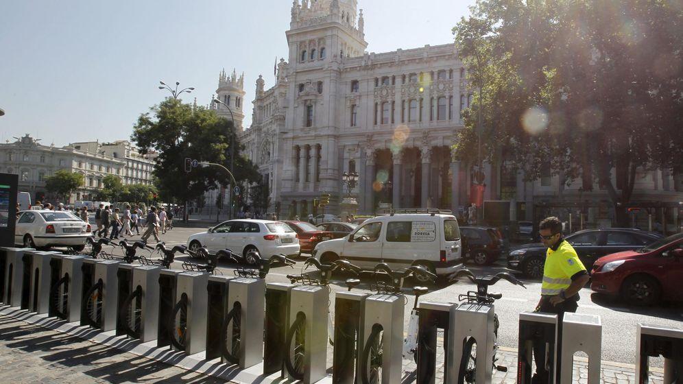 Foto: Bicicletas eléctricas del sistema público de alquiler, BiciMad. (EFE)