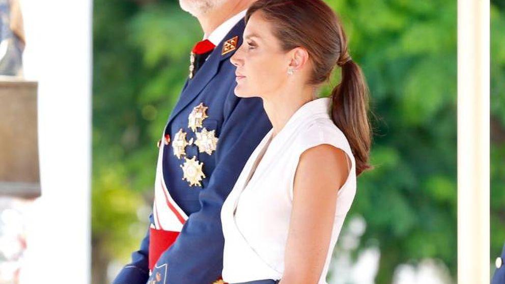 El elegante (e irreprochable) look de estreno de la reina Letizia en un acto militar