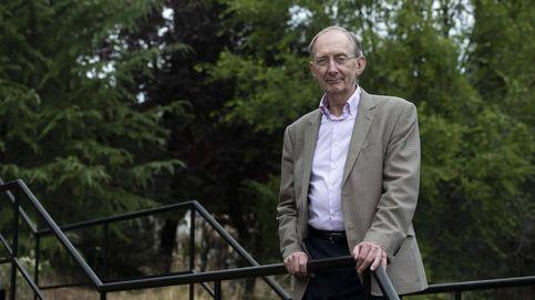 John Pendry inventó la capa de invisibilidad: Ahora asocian mi nombre con Harry Potter