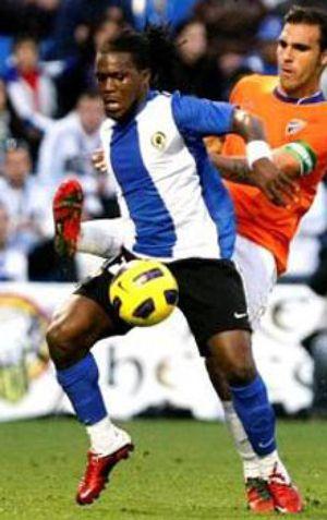 Aparecen pintadas contra Drenthe en su casa de Alicante y en el estadio