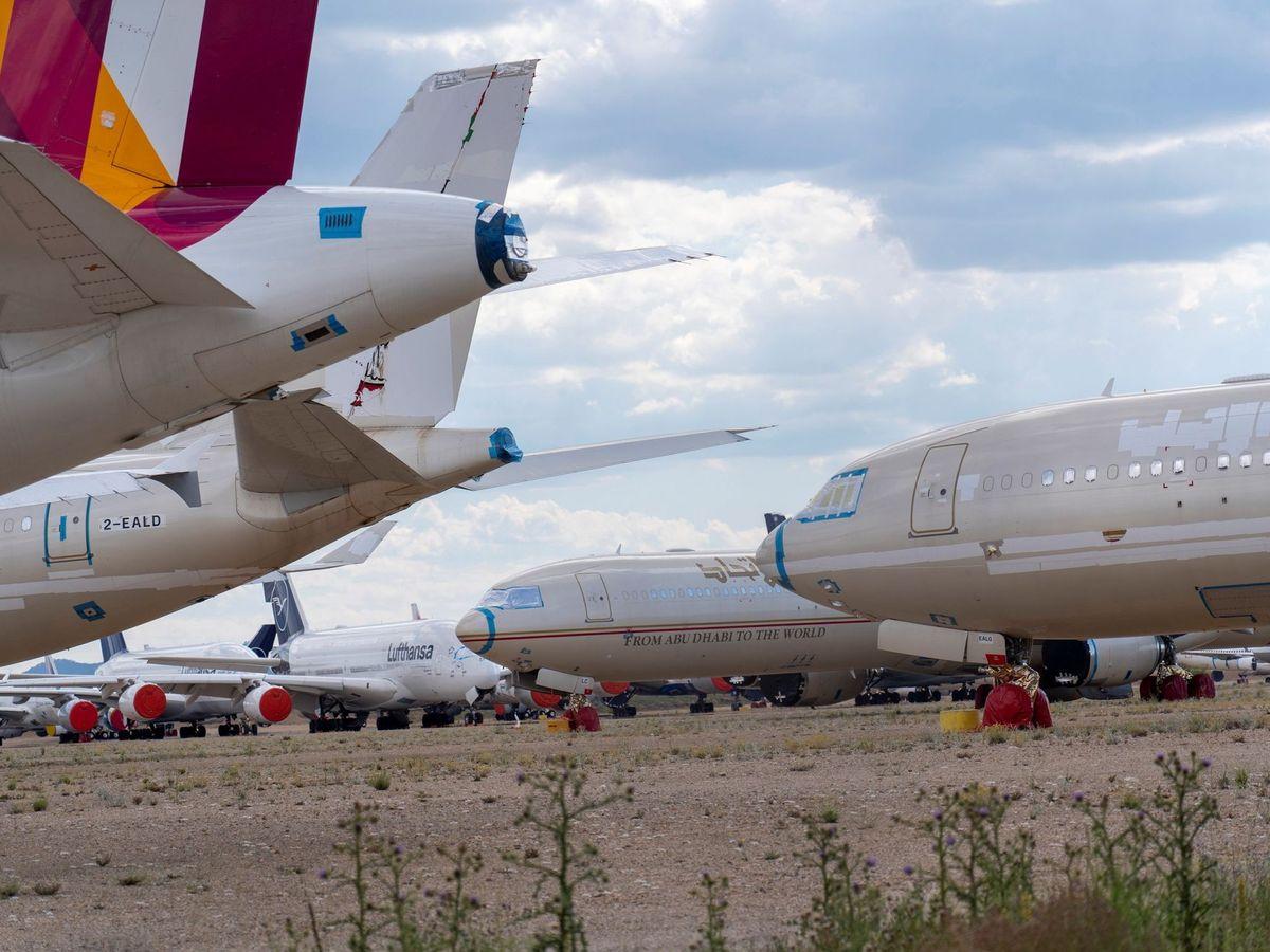 Foto: Aviones estacionados en el aeropuerto de Teruel. (EFE)