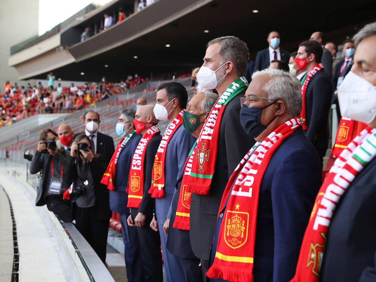 Foto: Felipe VI y Marcelo Rebelo de Sousa en el Wanda Metropolitano. (Limited Pictures)