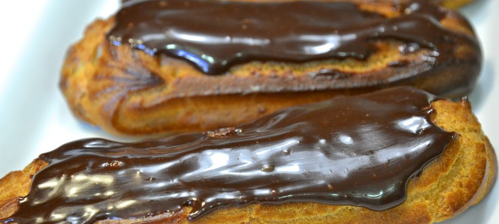 Foto: Éclairs de crema con chocolate