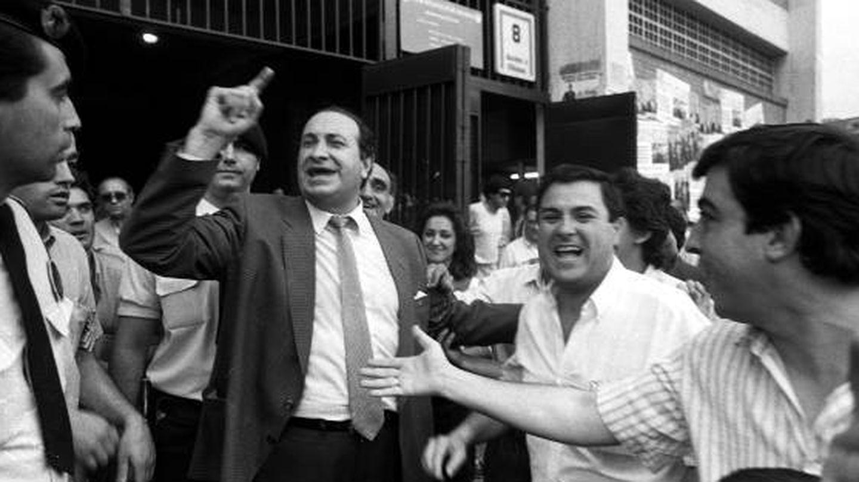 Gil anuncia el 'principio de una nueva era' a las puertas del Calderón (Efe)