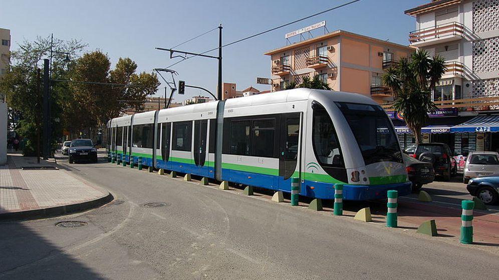 Foto: Tranvía Vélez-Málaga. (EricoFoto, Wikipedia)