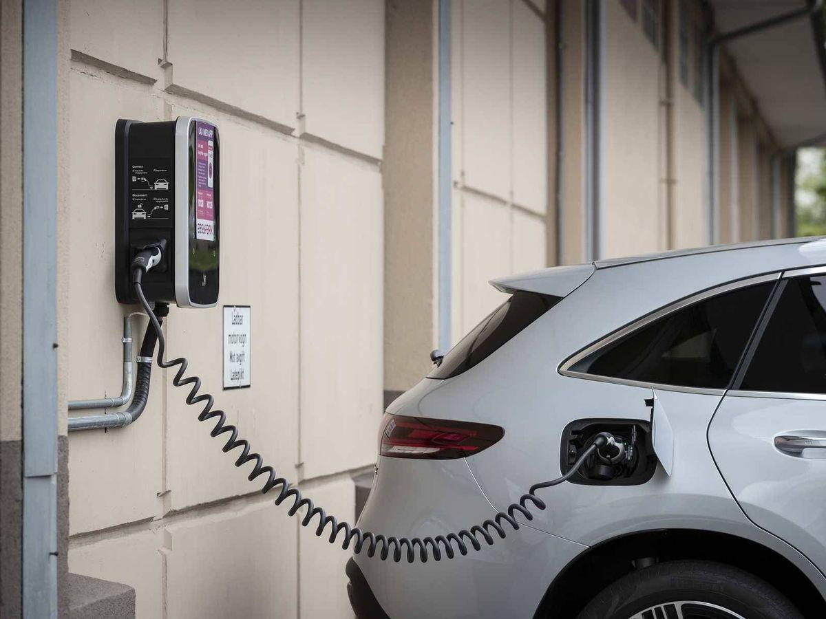 """Foto: Al Moves III se podrán sumar los vehículos eléctricos e híbridos enchufables nuevos y los """"kilómetros 0""""."""