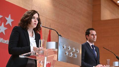 Madrid pone el foco en los jóvenes y estudia cómo limitar fiestas privadas