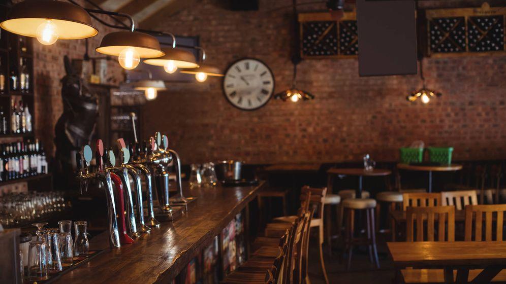 Foto: Un bar, vacío. (Foto: iStock)