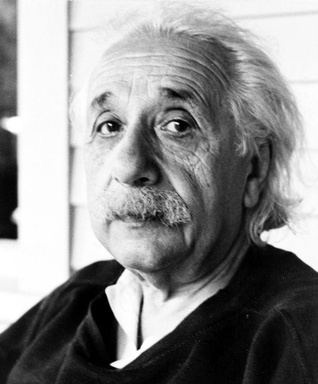 Foto: Einstein  en sus últimos días.1950, John D. Schiff.
