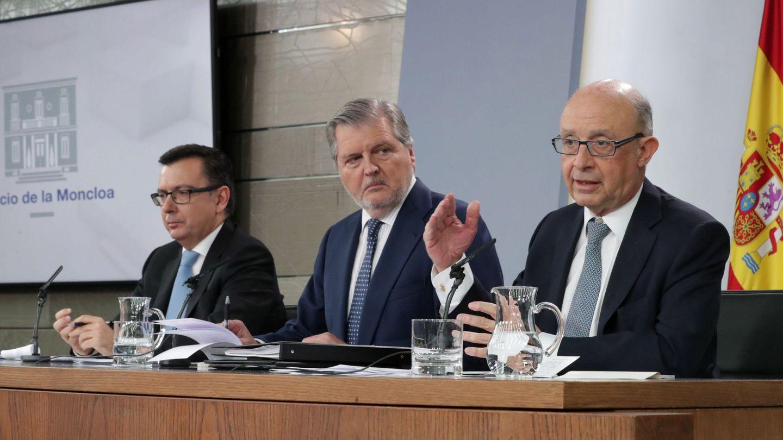 Rueda de prensa de aprobación de los Presupuestos Generales del Estado para 2018. (EFE)