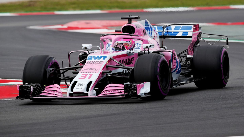 Ocon, al volante del Force India durante los test de pretemporada. (Reuters)