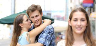 Post de La razón por la que miramos a otros cuando estamos con nuestra pareja
