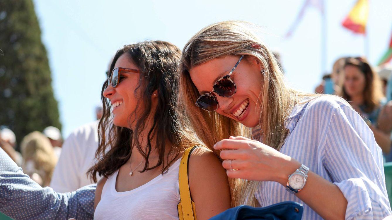 De final en final: el estilo de Mery Perelló y Maribel Nadal, dos it girls a pie de pista